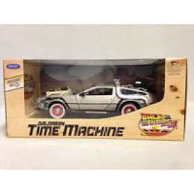 Delorean Time Machine Back to the Future Part III Welly 1/24 Scale Diecast Metal